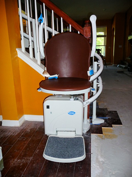 Sterling 2000 curved lift during remodel