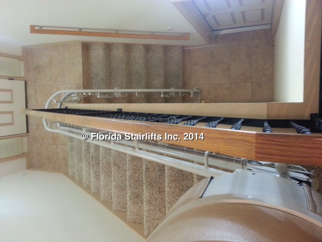 Stannah 260 follows the stair path to perfection