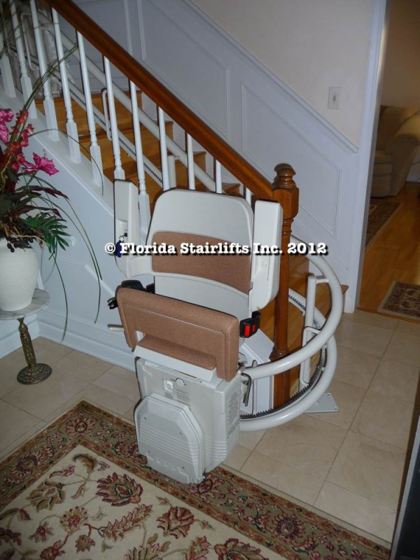 Custom curving Florida Stairlifts Inc. stair lift